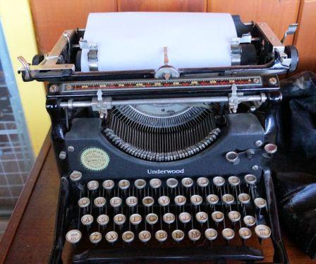 Underwood  5 Standard Typewriter